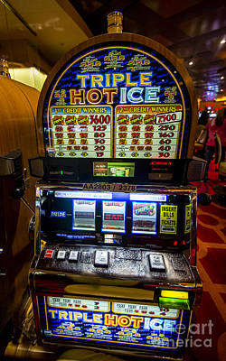 Triple Hot Ice Slot Machine At Lumiere Place Casino Art Print by David Oppenheimer
