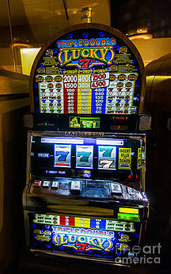 Triple Lucky 7s Slot Machine At Lumiere Place Casino Art Print by David Oppenheimer