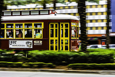 Photograph - Trolley Car In Motion, New Orleans, Louisiana by Printed Pixels