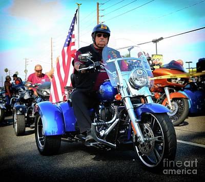 Photograph - True Blue Trike by Gus McCrea
