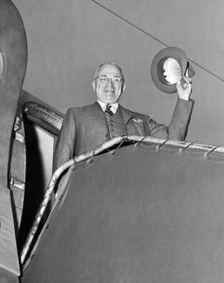 Air Force One Photograph - Truman Off On Vacation by Underwood Archives