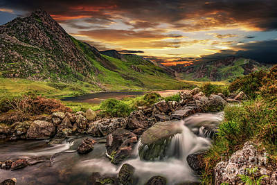 Photograph - Tryfan And Llyn Ogwen Snowdonia  by Adrian Evans