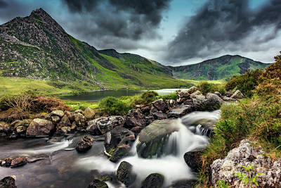 Tryfan Photograph - Tryfan And Ogwen Lake by Adrian Evans