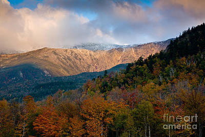 Tuckermans Ravine In Autumn Art Print by Susan Cole Kelly
