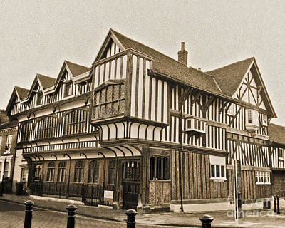 Photograph - Tudor House Southampton by Terri Waters