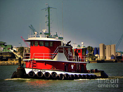 Photograph - Tugboat by Savannah Gibbs