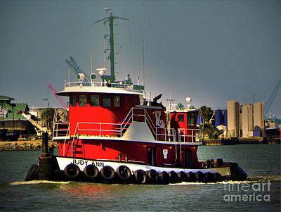 Photograph - Tugboat by Savannah Gibbs