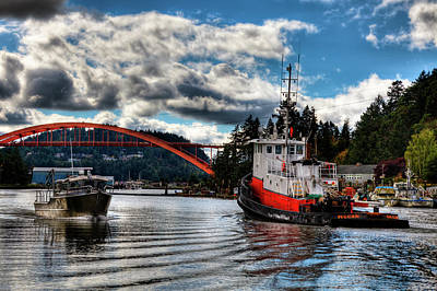 Photograph - Tugboat At The Rainbow Bridge by David Patterson