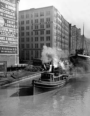 Photograph - Tugboat In Chicago by Underwood Archives