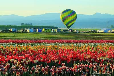 Balloon Flower Photograph - Tulip Field And Hot Air Balloon by Steve Warnstaff