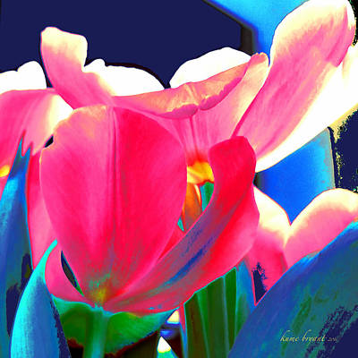 Mixed Media - Tulip Kisses Abstract 6 by Kume Bryant