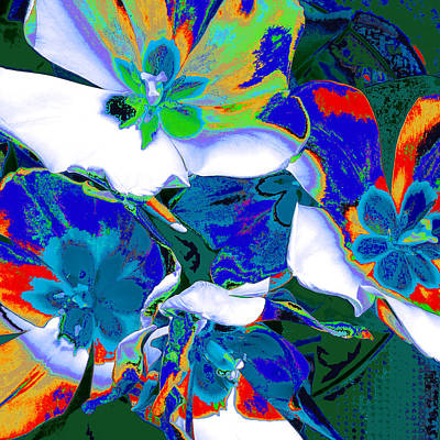 Mixed Media - Tulip Kisses Abstract 9 by Kume Bryant