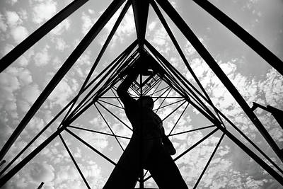 Photograph - Tulsa Driller Morning Silhouette - Black And White by Gregory Ballos