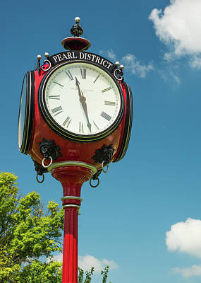 Photograph - Tulsa Oklahoma Pearl District Vintage Clock by Gregory Ballos
