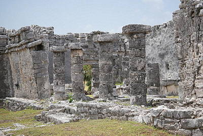 Photograph - Tulum 6 by Laurie Perry