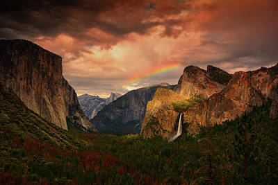 Photograph - Tunnel View Rainbow by Raymond Salani III