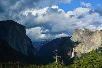 Yosemite Half Dome Photograph - Tunnel View Yosemite Landscape by Kyle Hanson