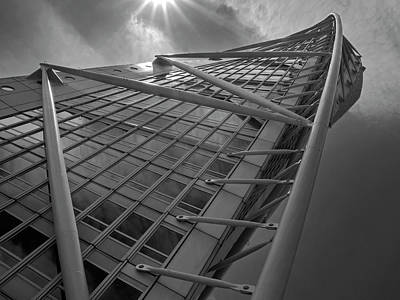 Photograph - Turning Torso by Inge Riis McDonald