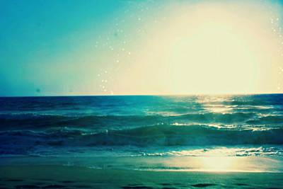 Photograph - Turquoise Waves by Alma Yamazaki