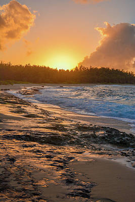 Photograph - Turtle Bay Sunset 3 by Jason Brooks