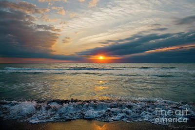 Photograph - Turtle Beach Sunset by David Arment