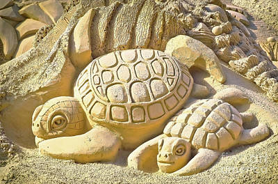 Turtle Sand Castle Sculpture On The Beach 999 Art Print