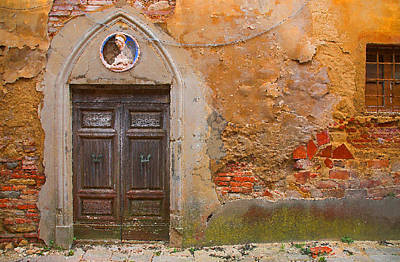 Landscape Oil Painting - Tuscan Landscape Oil Paintings For Sale - Old Door by Frances Leigh