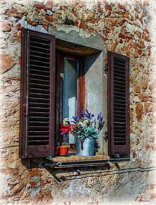 Photograph - Tuscan Window by Hanny Heim