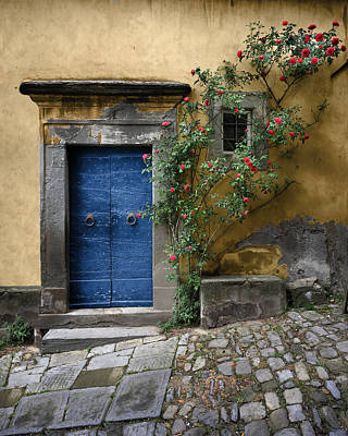 Photograph - Nella's Blue Door by Al Hurley