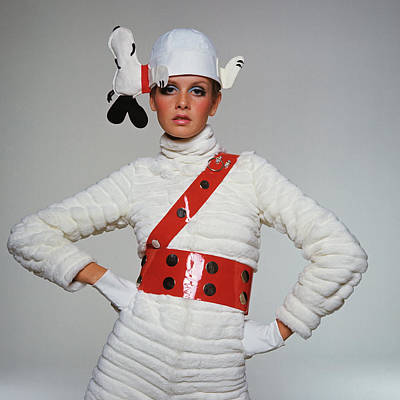 Photograph - Twiggy Wearing Snoopy Hat by Bert Stern
