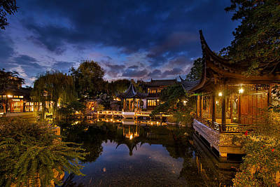 Sky Photograph - Twilight At Lan Su Chinese Garden by David Gn
