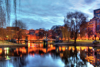 Night Scenes Photograph - Twilight In The Public Garden by Joann Vitali