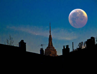 Photograph - Twilight Time In The City by Chris Lord