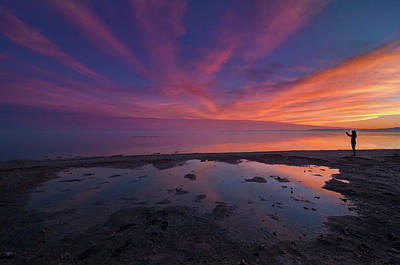 Photograph - Twilight Time by Ralph Vazquez