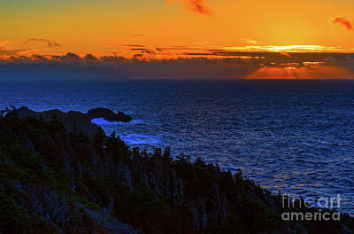 Photograph - Twillingate Sunset by Les Palenik