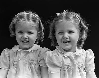Twin Girls, 1930 Art Print by H. Armstrong Roberts/ClassicStock