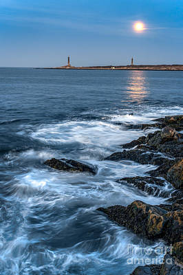 Rockport Ma Photograph - Twins by Scott Thorp
