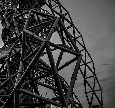White City Park Photograph - Twisted Metal by Martin Newman