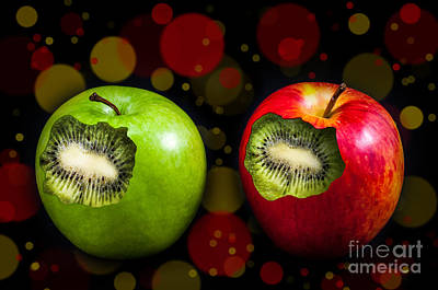 Two Apples Art Print by Barbara Dudzinska
