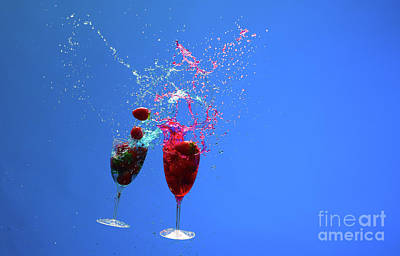 Photograph - Two Cocktail Glasses With Fruit by Les Palenik