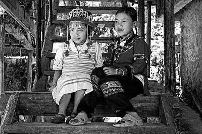 Two Hanis Girls Original by Alain Gaymard