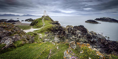 Photograph - Two Mawr Lighthouse by Steve Caldwell