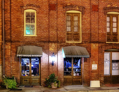 Photograph - Two Sisters Bookery by Greg Mimbs
