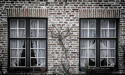 Photograph - Two Windows Brugge by Henri Irizarri