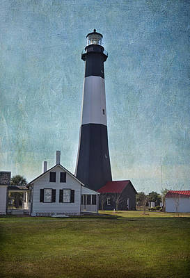 Photograph - Tybee Island Light by Kim Hojnacki