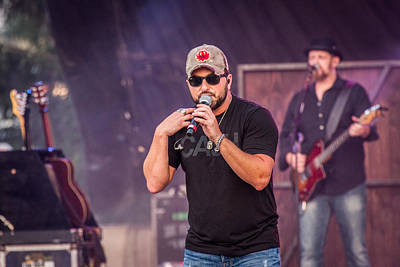 Tyler Farr On Stage 2 Art Print by Mike Burgquist