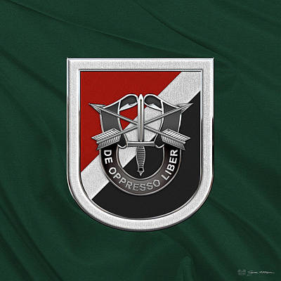 Digital Art - U. S.  Army 6th Special Forces Group - 6th S F G  Beret Flash Over Green Beret Felt by Serge Averbukh
