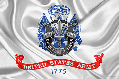Digital Art - U. S.  Army Special Forces  -  Green Berets D U I Over U. S.  Army Flag by Serge Averbukh