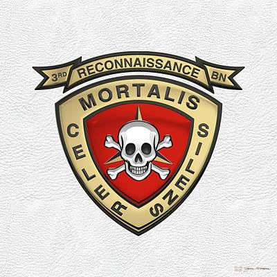 U S M C  3rd Reconnaissance Battalion -  3rd Recon Bn Insignia Over White Leather Original