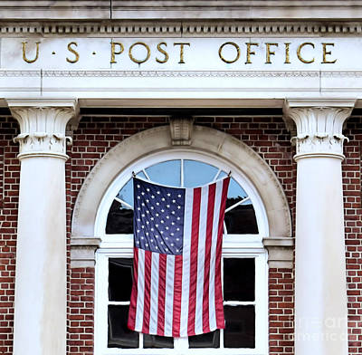 Photograph - Plymouth Post Office Building by Janice Drew